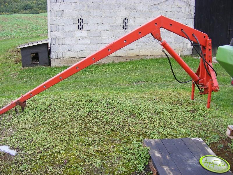Подъемник на трактор