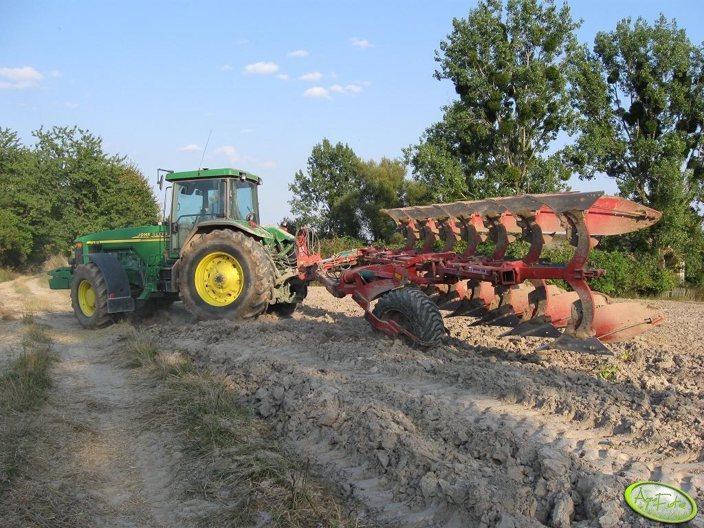 Foto traktor john deere 8410 kverneland pg 100 170932 for 8410 3