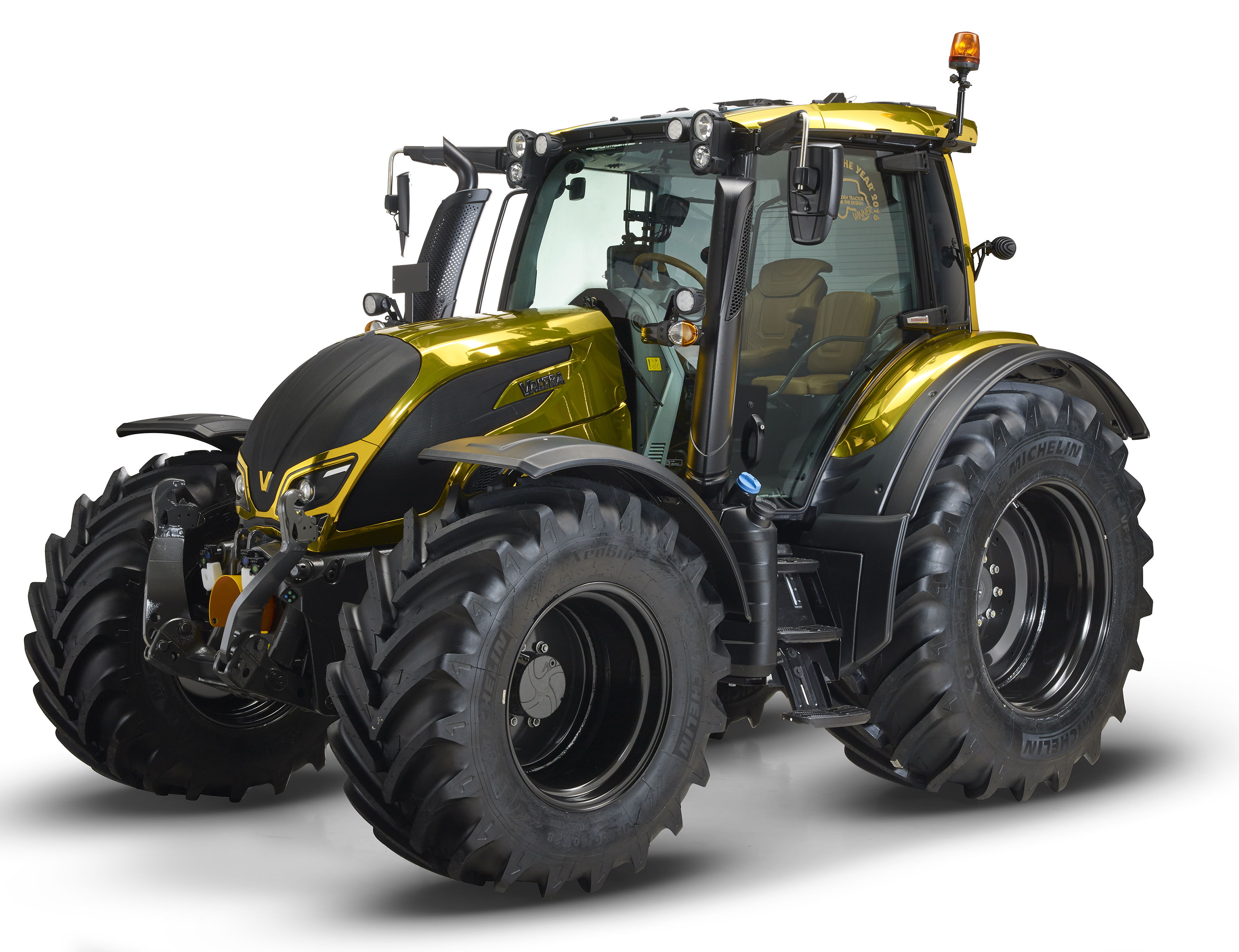 "Valtra N174 zdobyła nagrodę ""Golden Tractor for Design 2016"""