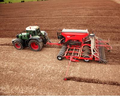 Siewniki do uprawy uproszczonej:  ESPRO 3000 i ESPRO 6000 R