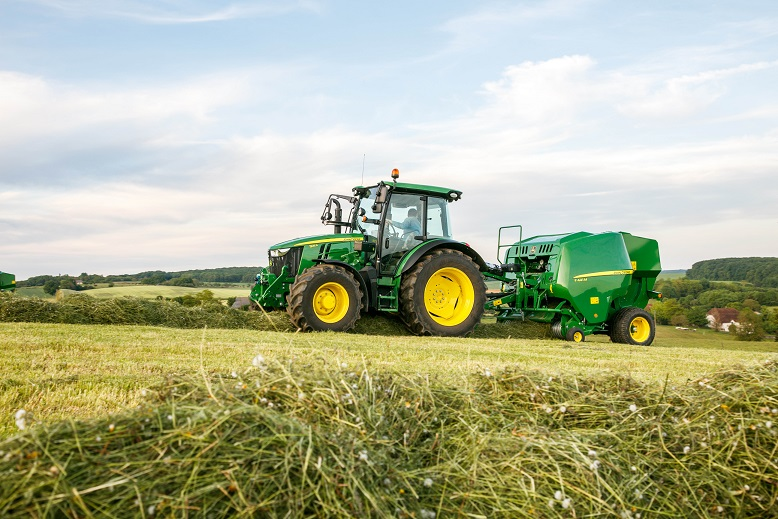 John Deere z ofertą dla hodowców na targach AGROTECH 2017