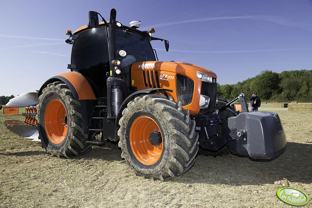 Ciągniki rolnicze nowe