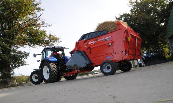 Nowości KUHN na Agro Show 2015 : PRIMOR 4260 M CUT CONTROL
