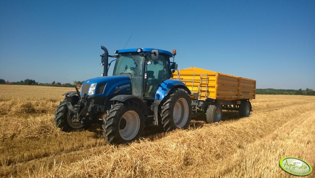 Rejestracji nowych ciągników rolniczych w sierpniu 2014