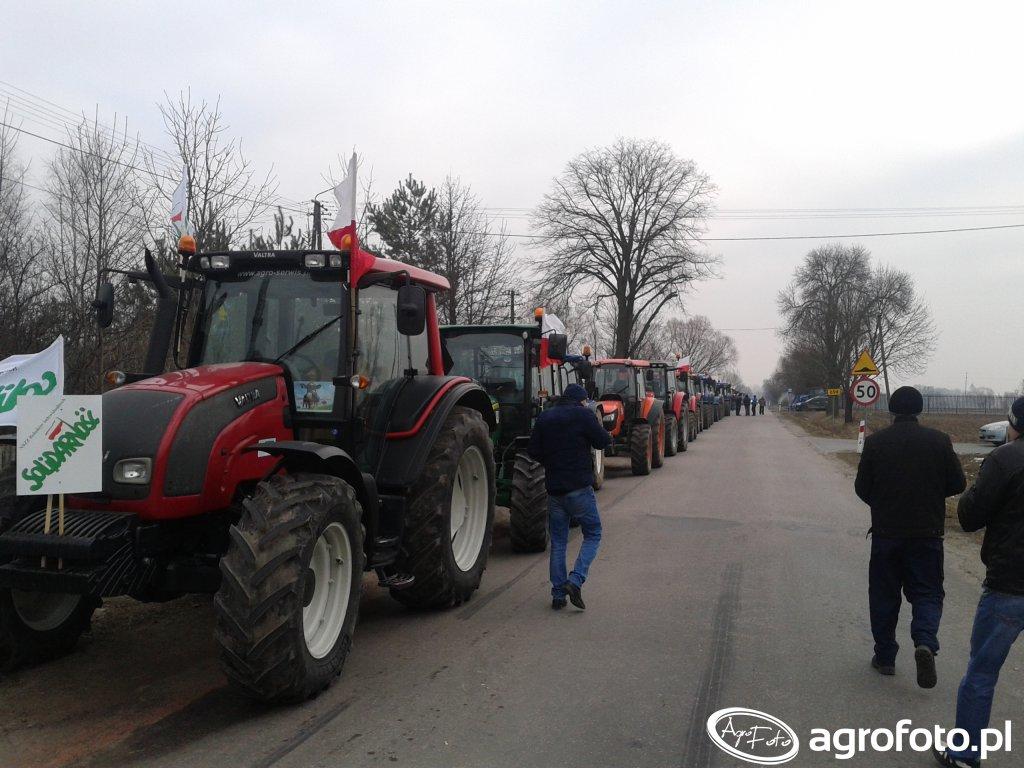 Rolnicze strajki bez cenzury