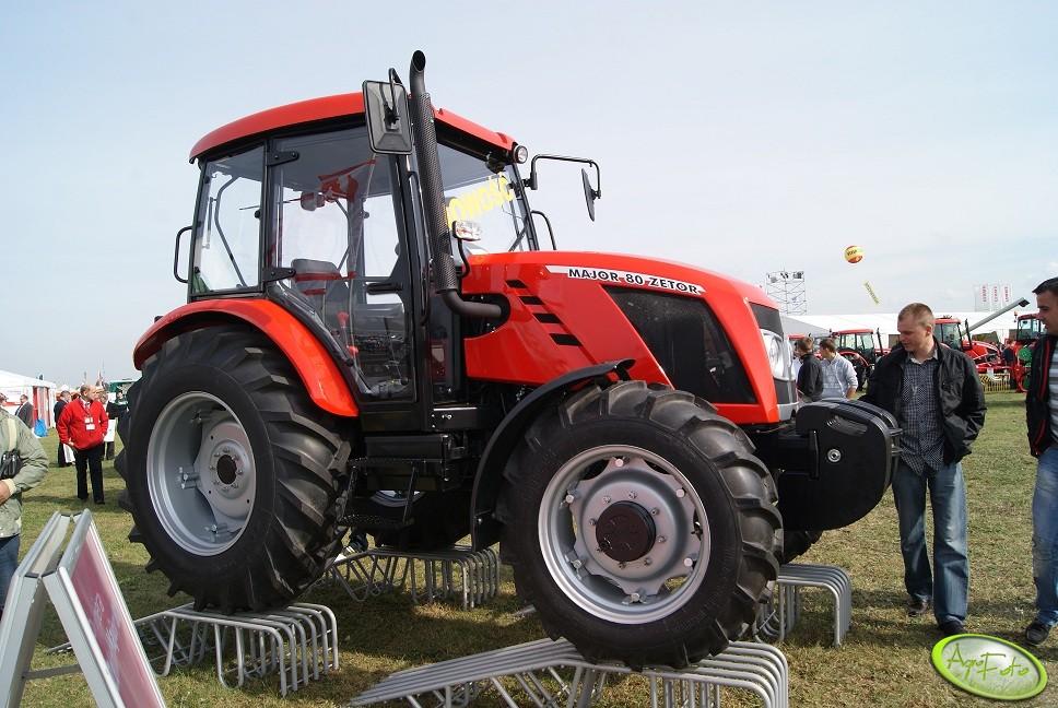 Nowe ciągniki rolnicze –  w lutym lepiej!