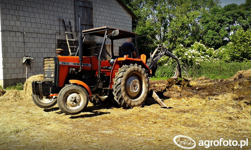 Ciągnik rolniczy Ursus 2812 + Troll 350
