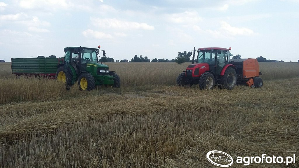 Traktor John Deere 5080M & Pronar T653/1 , Zetor 8441 & Warfama Z-543