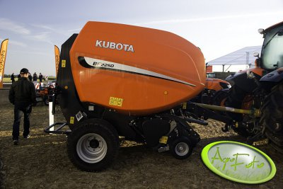 Kubota prasa BF2250