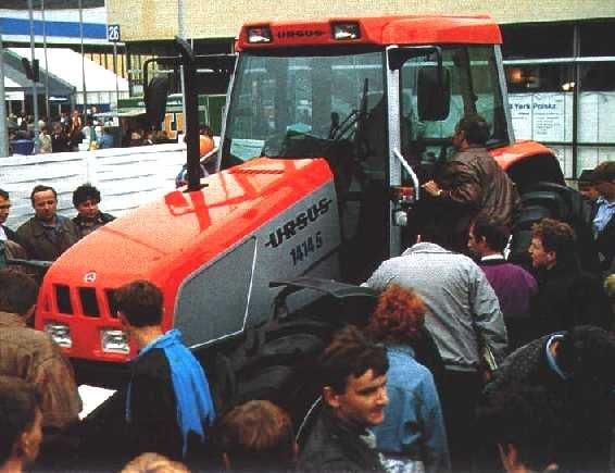 Ursus_1414S_MFWD_(prototype)-1993.jpg